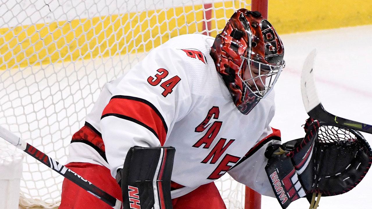 Maple Leafs ficha al 'emocionado' Petr Mrazek, trío de valiosos delanteros en la agencia libre