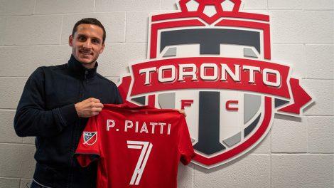 pablo-piatti-holds-up-toronto-fc-jersey