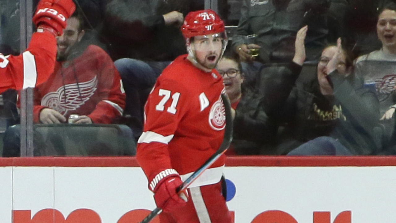 Plan the parade! Red Wings win second their in a row with a victory over the Lightning