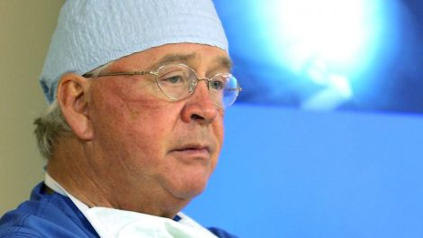 Dr-James-Andrews