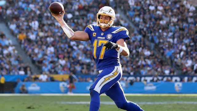 chargers-philip-rivers-throws-pass