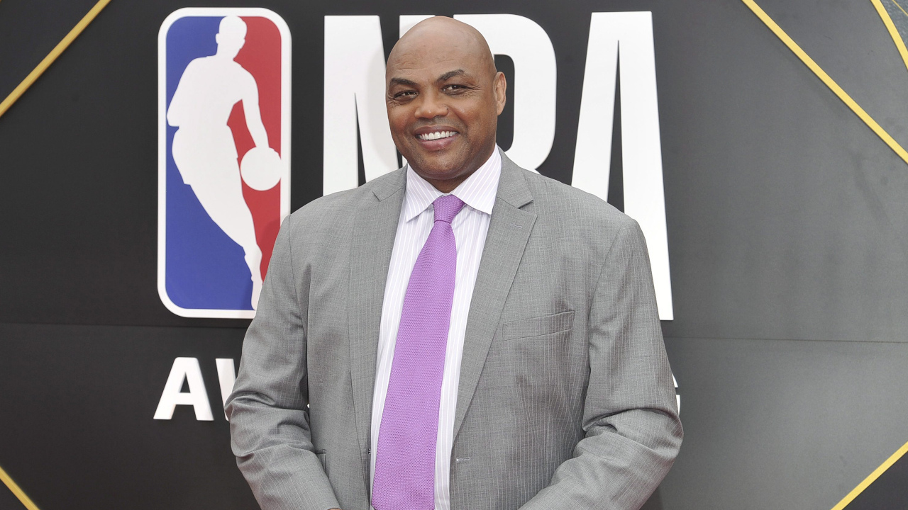 Charles Barkley in self-quarantine, awaiting results from COVID-19 test