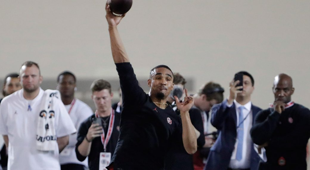 jalen-hurts-works-out-for-nfl-scouts