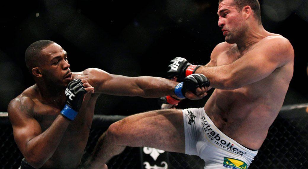 Mauricio-Rua-kicks-Jon-Jones-at-UFC-128