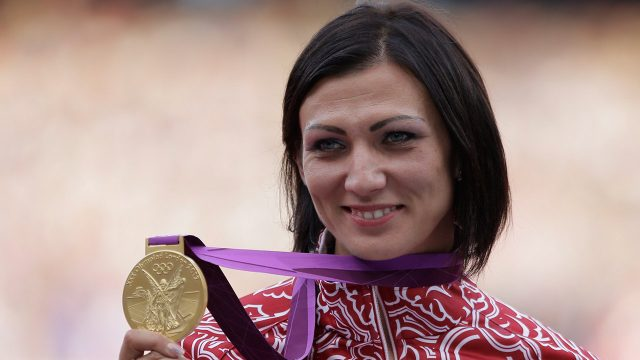 russias-natalya-antyukh-displays-gold-medal