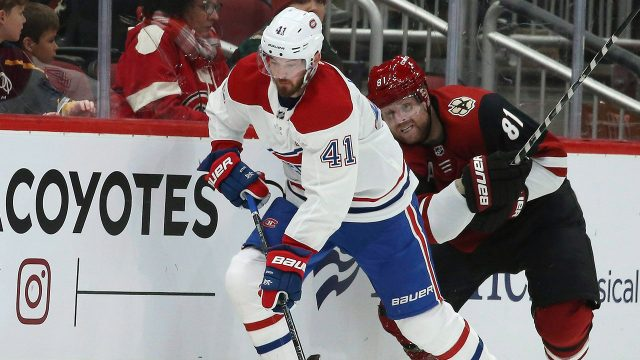 canadiens-paul-byron-skates-with-puck-against-coyotes
