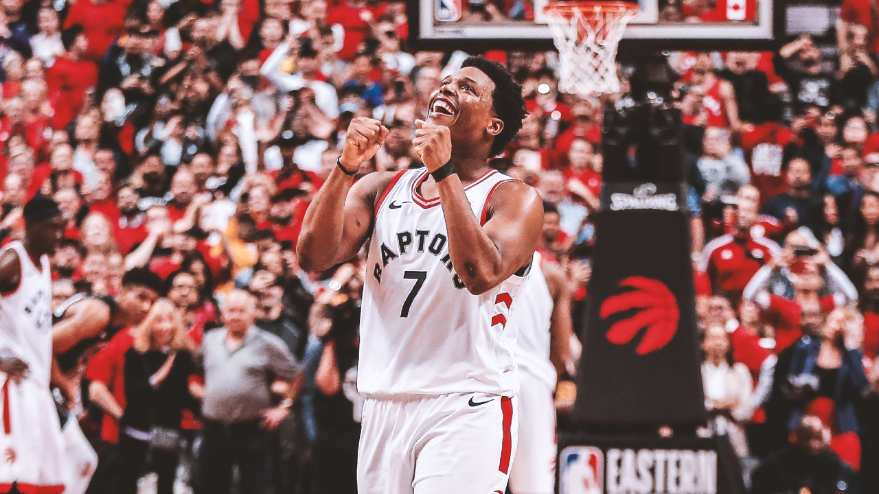 Kyle Lowry pulls out a full page ad to thank Toronto before continuing