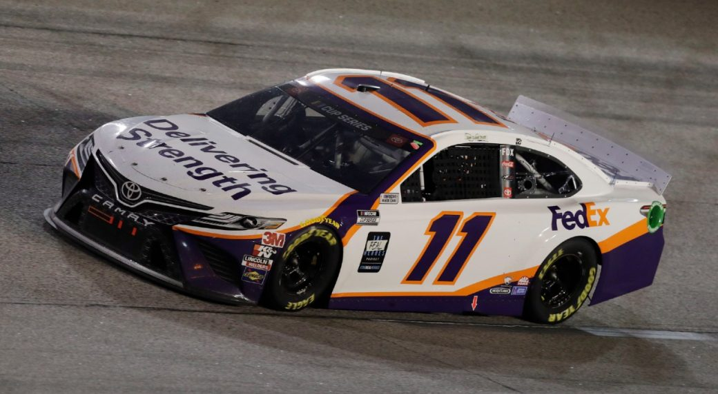 NASCAR underway at Darlington for rare midweek Cup race