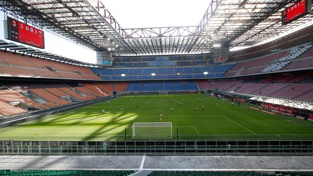 empty-san-siro-for-serie-a-match