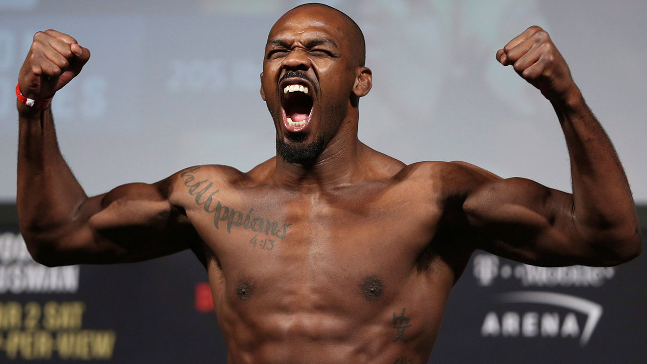 Upset at his pay, Jon Jones says he is giving up UFC light heavyweight title