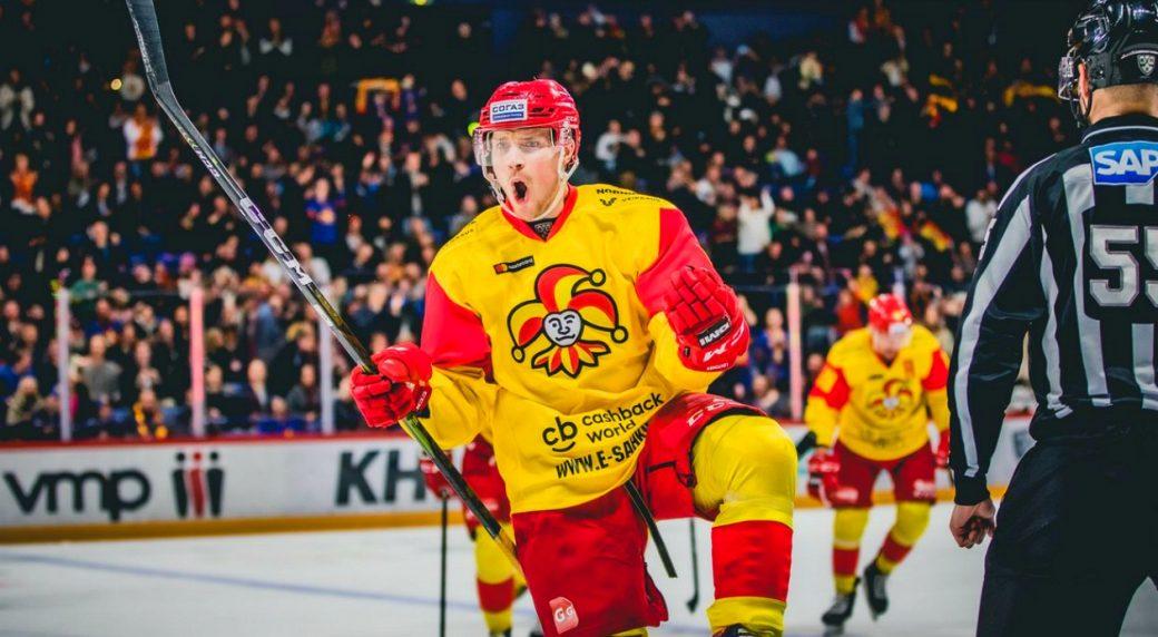 Maple Leafs sign KHL's top-scoring defenseman Mikko Lehtonen