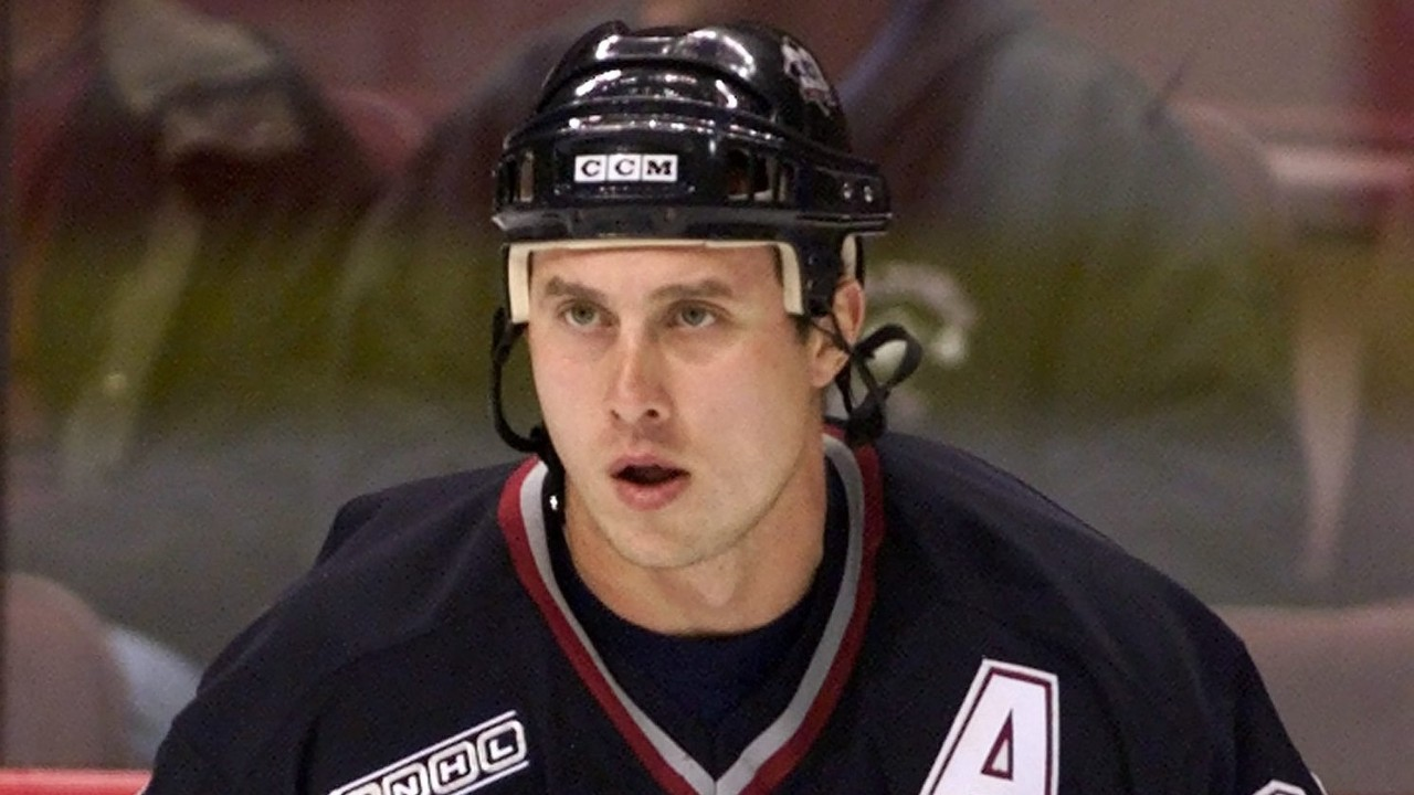 Alexander Mogilny's Hall of Fame snubs becoming laughable