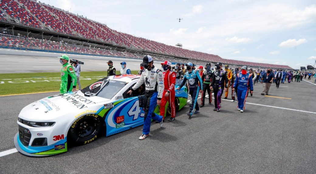 Bubba Wallace, Michael McDowell agree for good cause after wreck
