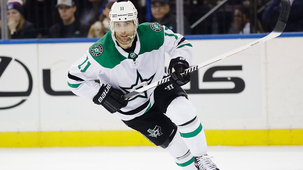 Dallas-Stars'-Andrew-Cogliano-skates-during-the-second-period-of-an-NHL-hockey-game