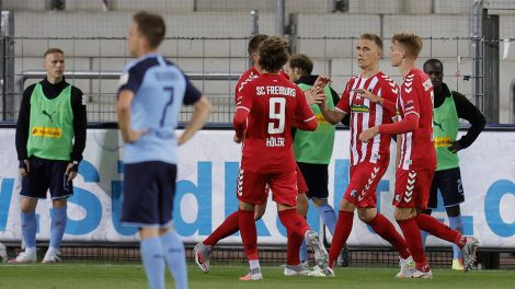 freiburgs-nils-petersen-celebrates-goal