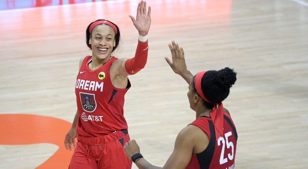 Around the WNBA: Chennedy Carter takes early lead in ROY race - Sportsnet.ca