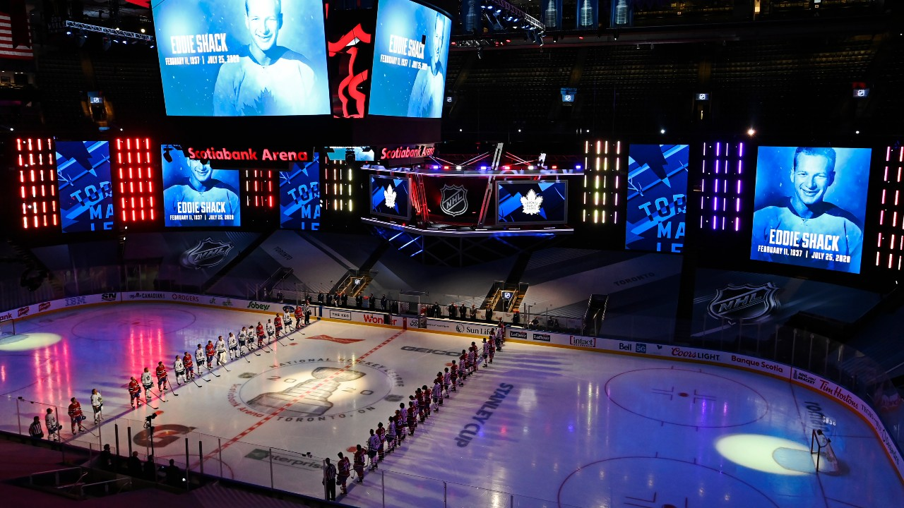 Leafs-Canadiens-anthems