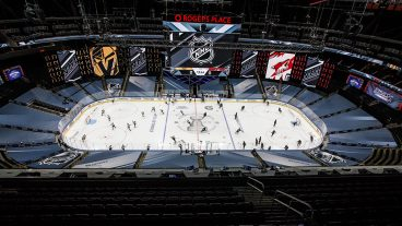 golden-knights-coyotes-rogers-place-nhl-bubble