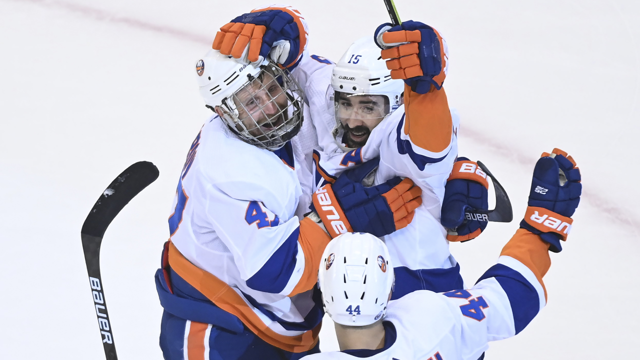 Isles' looking strong as they take a 2-0 series lead over the Caps