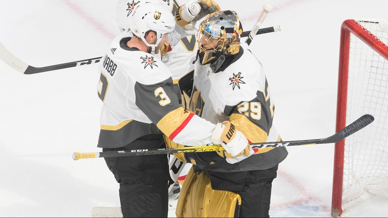 Fleury steps in and backstops Vegas to a 3-0 series lead