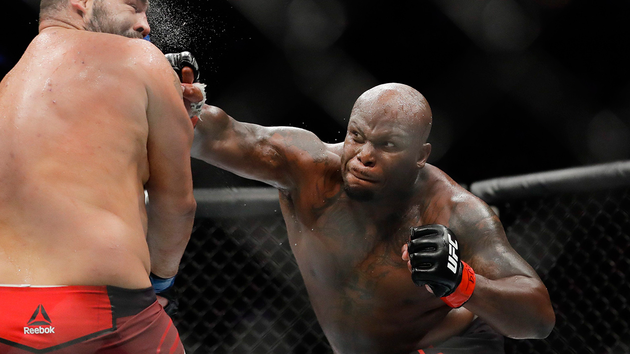 Derrick Lewis favoured facing Aleksei Oleinik on UFC Saturday odds