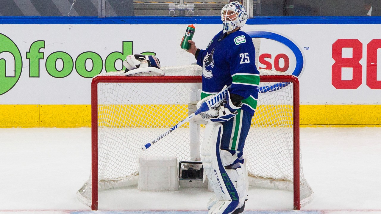 With Markstrom looking out of sorts, will Canucks turn to Demko? - Sportsnet.ca