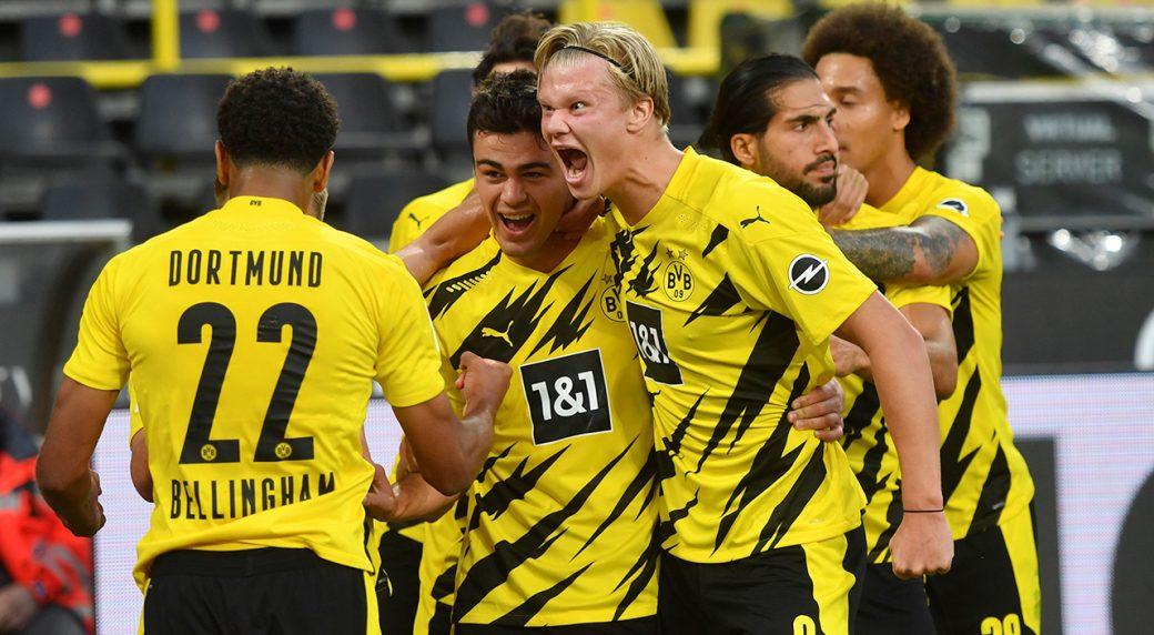 U.S. teen Reyna scores first Bundesliga goal
