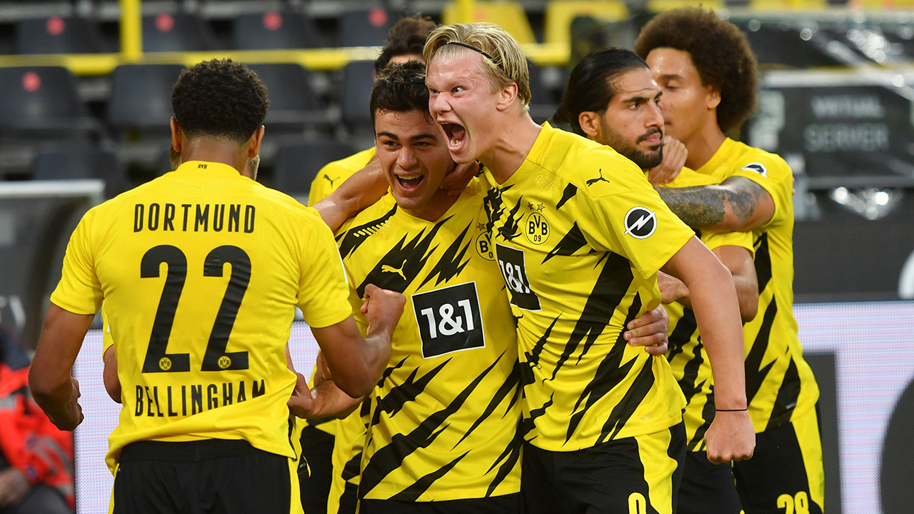 Youngsters Help Dortmund Beat Gladbach As Fans Return In Bundesliga Sportsnet Ca