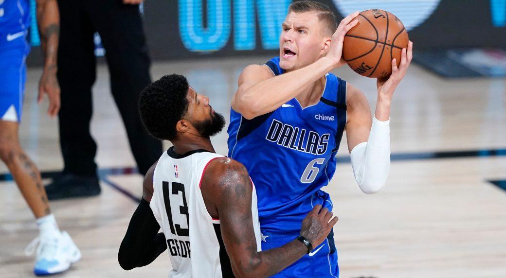 NBA Mavericks' Porzingis has right knee surgery