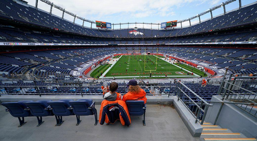 Broncos GM Elway, CEO Ellis test positive for COVID-19