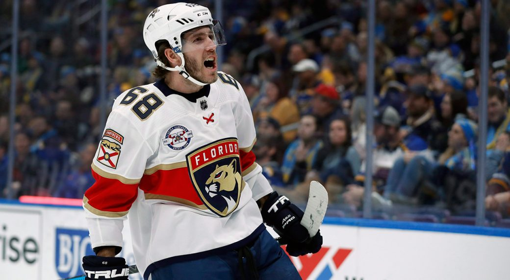 Blues sign veteran forward Mike Hoffman to professional tryout contract