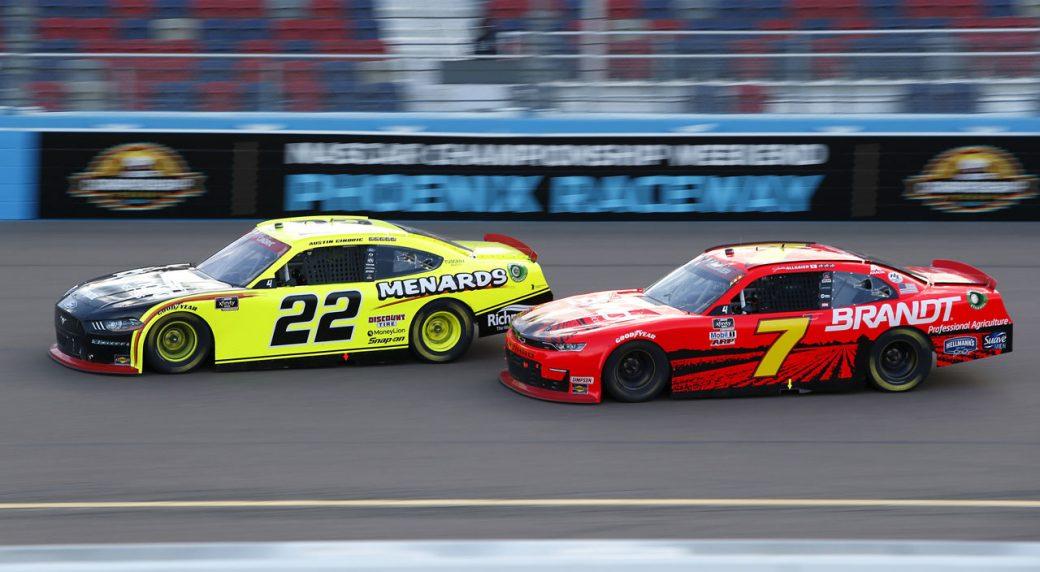 Austin Cindric wins at Phoenix to clinch NASCAR Xfinity title