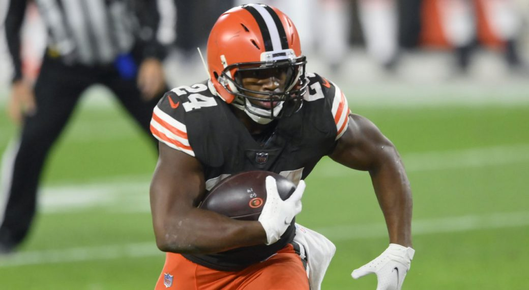 Browns activate Nick Chubb from injured reserve; could return in Week 10