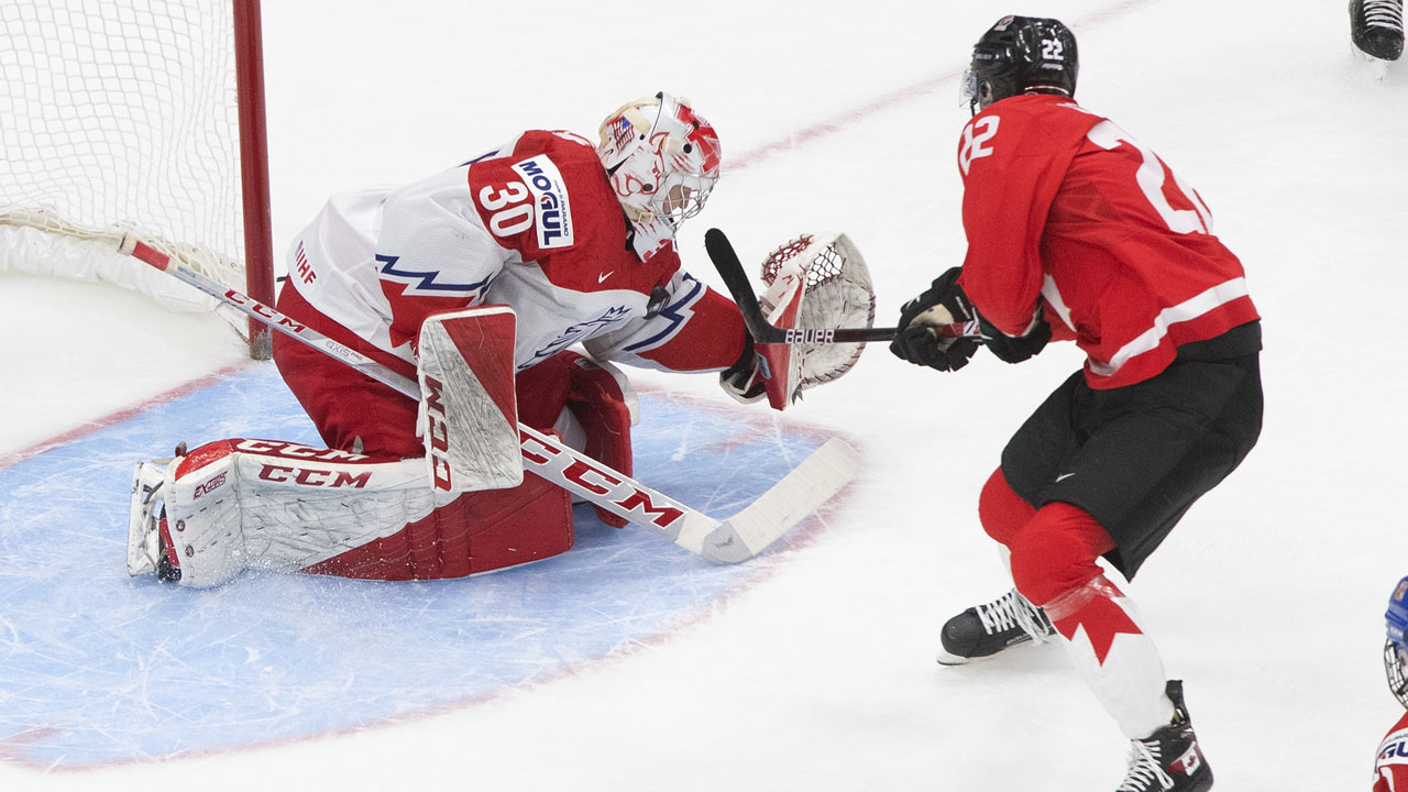 Canada knocks off the Czechs and sets up a date vs the Russians on Monday