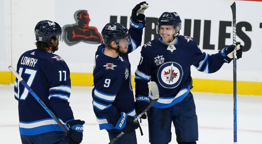 Jets' players looking to spread out the responsibility as their new chemistry continues to develop