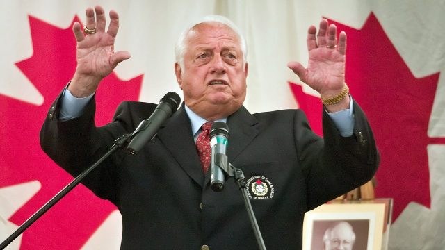 Tommy-Lasorda-Canadian-Baseball-Hall-of-Fame-induction