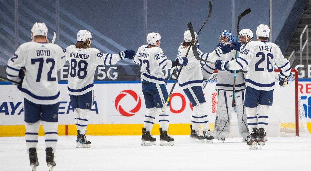 Leafs play a complete game in a 4-0 shotout of the Oilers