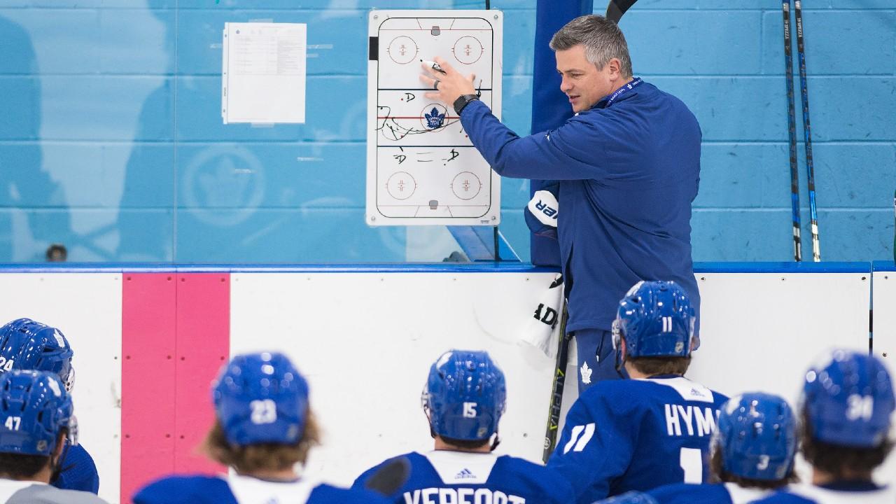 Lo que hacen los entrenadores de la NHL para mejorar durante la temporada baja