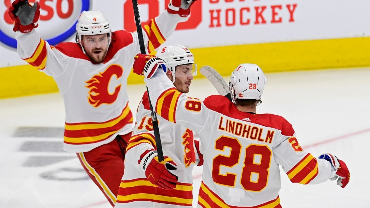 Flames keep playoff hopes alive with important win against Maple Leafs