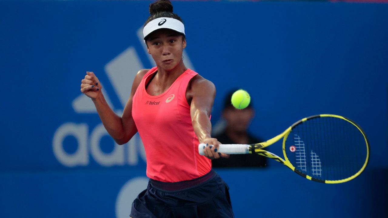 Canadian Leylah Annie Fernandez loses third set tiebreaker against Ons Jabeur