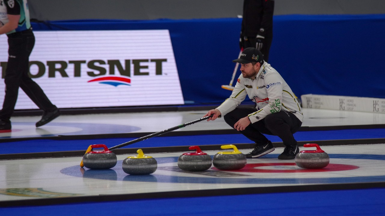 Hot start helps Dunstone glide past Gushue in Players' Championship