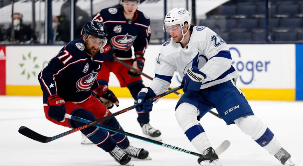 Lightning score three early goals in win over Blue Jackets