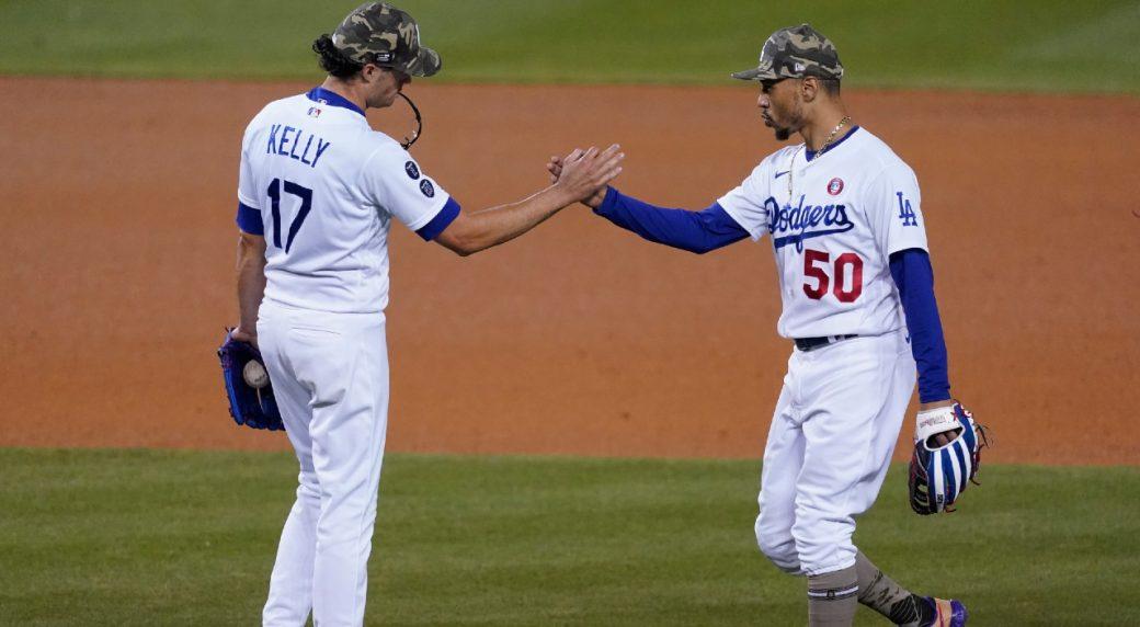 Dodgers-marlins-mookie-betts-1-1040x572