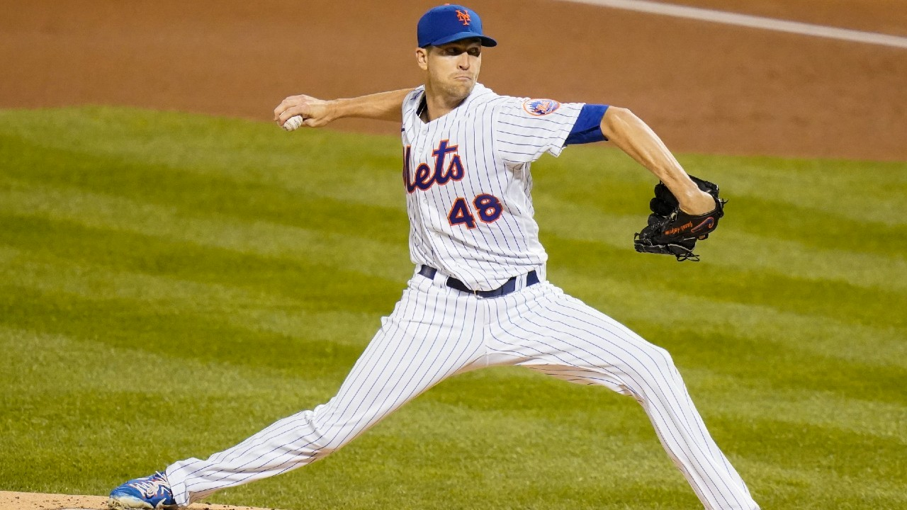 Mets ace Jacob deGrom cleared to start Monday against the Braves