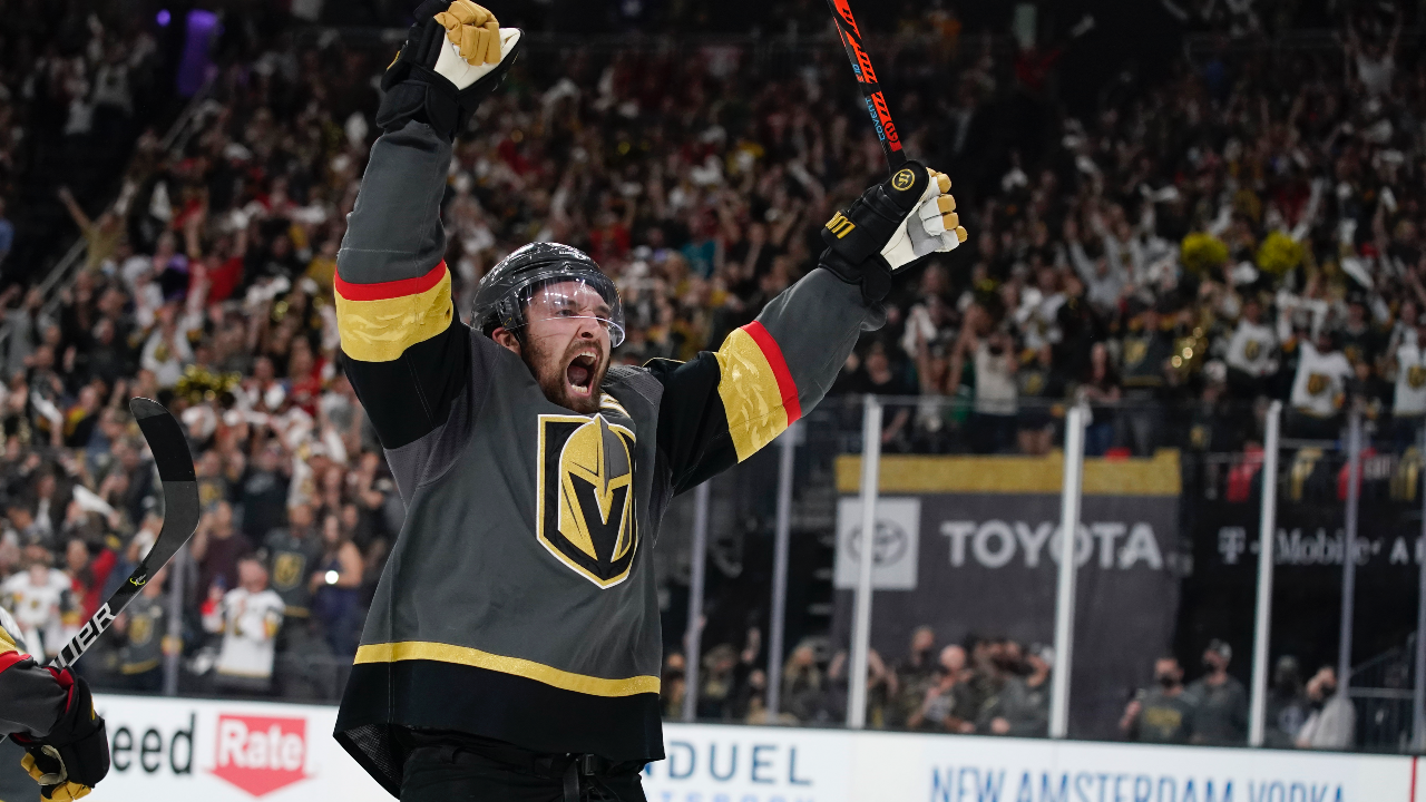 Knights' fans enjoy a packed house and thrilling comeback late in the 3rd as Vegas takes Game 3