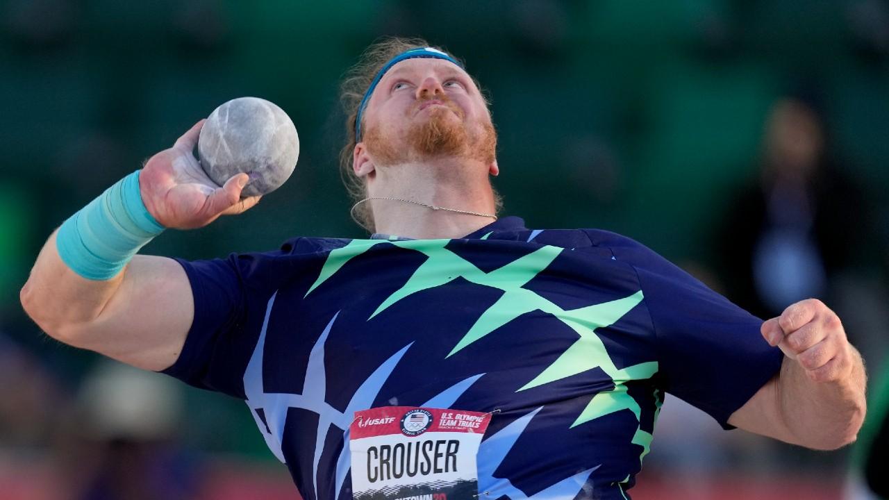 American Ryan Crouser breaks 31-year-old shot put world record