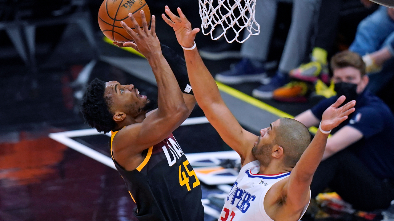 Mitchell shines as Jazz beat Clippers to secure series lead 2-0