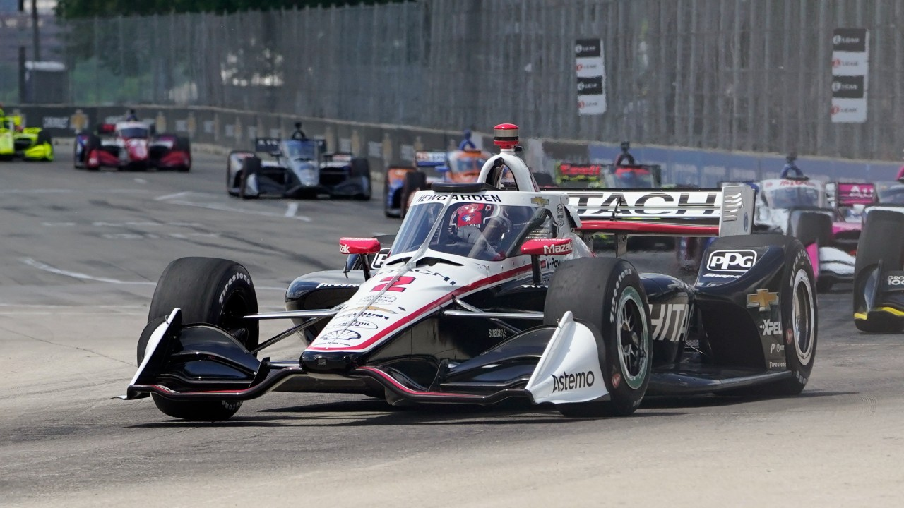 Newgarden wins pole for IndyCar race at Road America