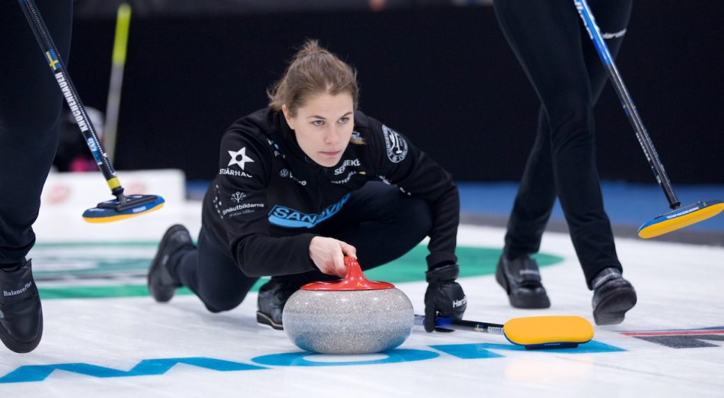 Hasselborg hangs on to beat Jones and earn first win at GSOC Masters